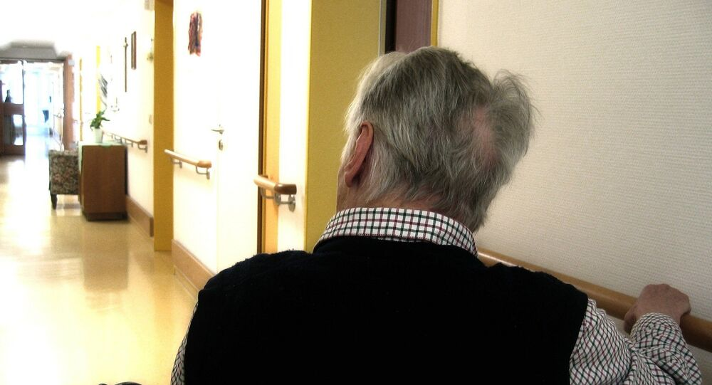 Una persona anziana
