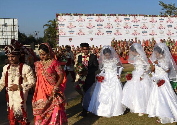 Matrimonio da record in India - Sputnik Italia