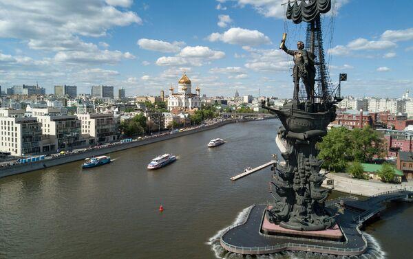 Monumento a Pietro I sulla Moscova - Sputnik Italia
