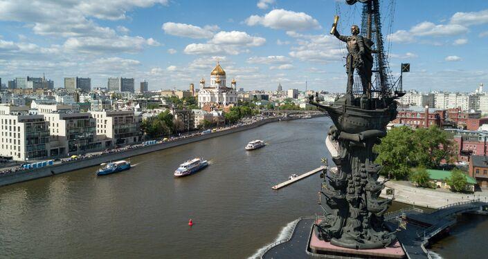Monumento a Pietro I sulla Moscova