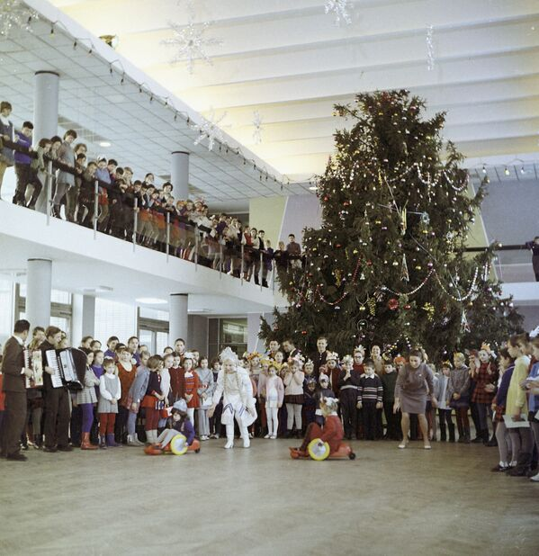 Si stava meglio, quando si festeggiava Capodanno in URSS - Sputnik Italia