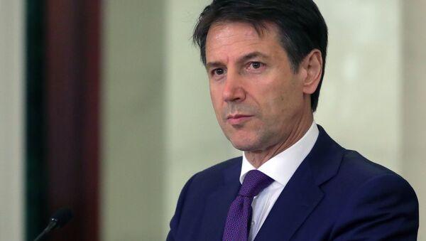 Il premier italiano Giuseppe Conte - Sputnik Italia