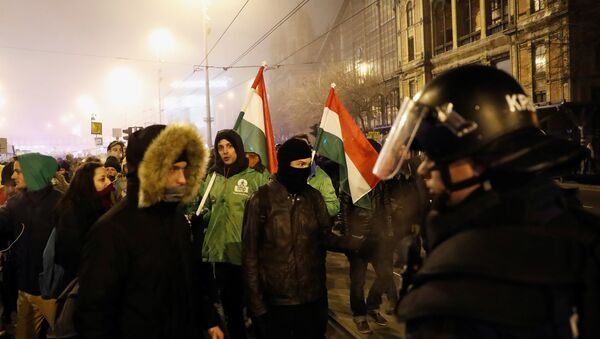 Le proteste a Budapest - Sputnik Italia