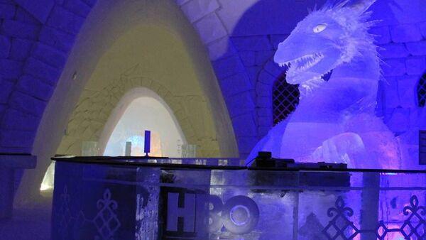 Dentro l'albergo di ghiaccio Snow Hotel dedicato alla serie tv Game of Thrones in Finlandia. - Sputnik Italia