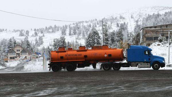 Снег на Буйбинском перевале - Sputnik Italia