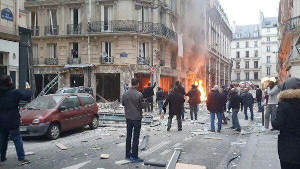 Esplosione a Parigi - Sputnik Italia