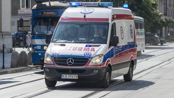 Ambulanza in Polonia - Sputnik Italia