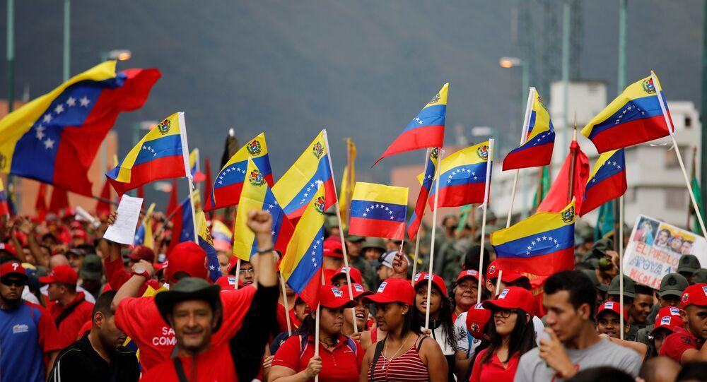 Maduro è pronto alle prime elezioni parlamentari in Venezuela - Sputnik Italia