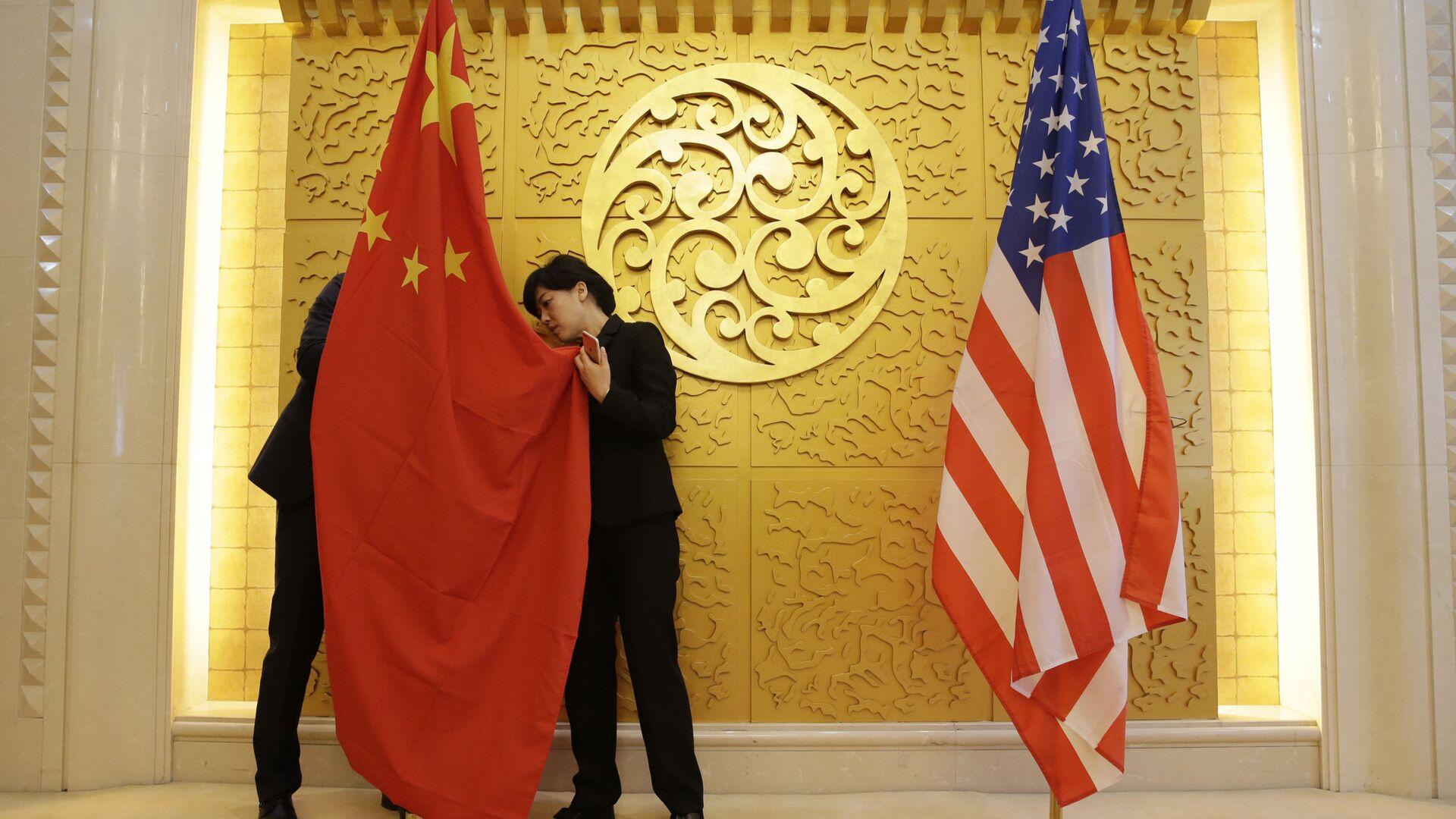 Bandiere Cina USA - Sputnik Italia, 1920, 28.03.2021