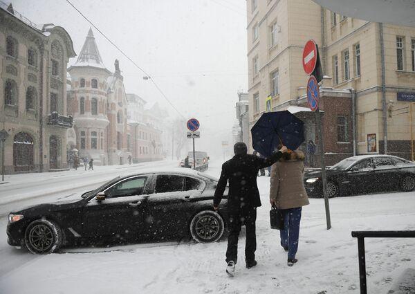La nevicata più copiosa dell'inverno 2019 a Mosca - Sputnik Italia