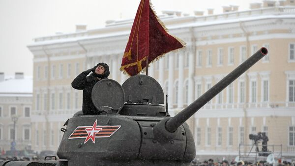 La parata per il 75° anniversario della liberazione di San Pietroburgo - Sputnik Italia
