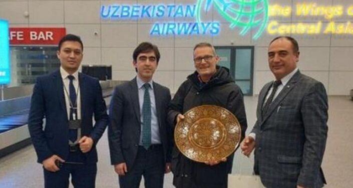 Massimo Giglio all'aeroporto di Tashkent