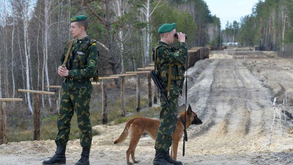 Il confine tra Bielorussia e Ucraina - Sputnik Italia