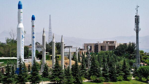 Modelli dei missili nel museo della Rivoluzione Islamica a Teheran - Sputnik Italia