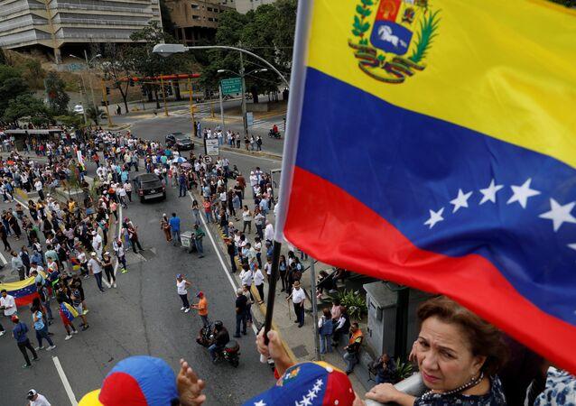 Sostenitori del leader dell'opposizione Juan Guaidò