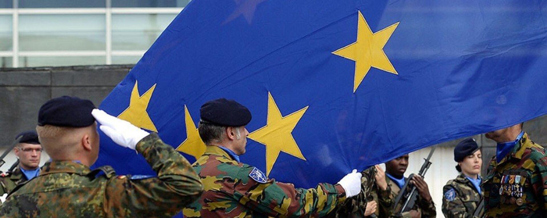 L'Europa si doterà di un proprio esercito? - Sputnik Italia, 1920, 01.09.2021