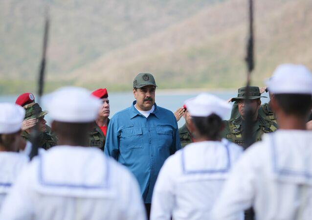 Il presidente venezuelano Nicolas Maduro presente alle esercitazioni militari a Turiamo, Venezuela, il 3 febbraio 2019
