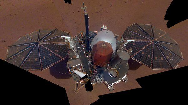 La sonda Insight su Marte - Sputnik Italia