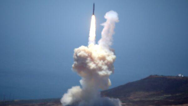 Un missile - Sputnik Italia