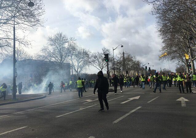 Gilet gialli a Parigi
