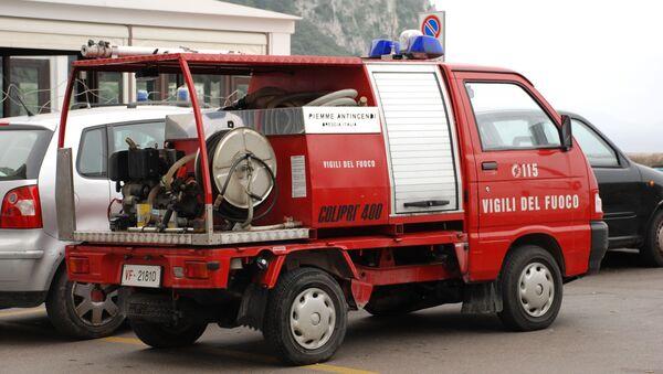 Auto dei Vigili del Fuoco - Sputnik Italia