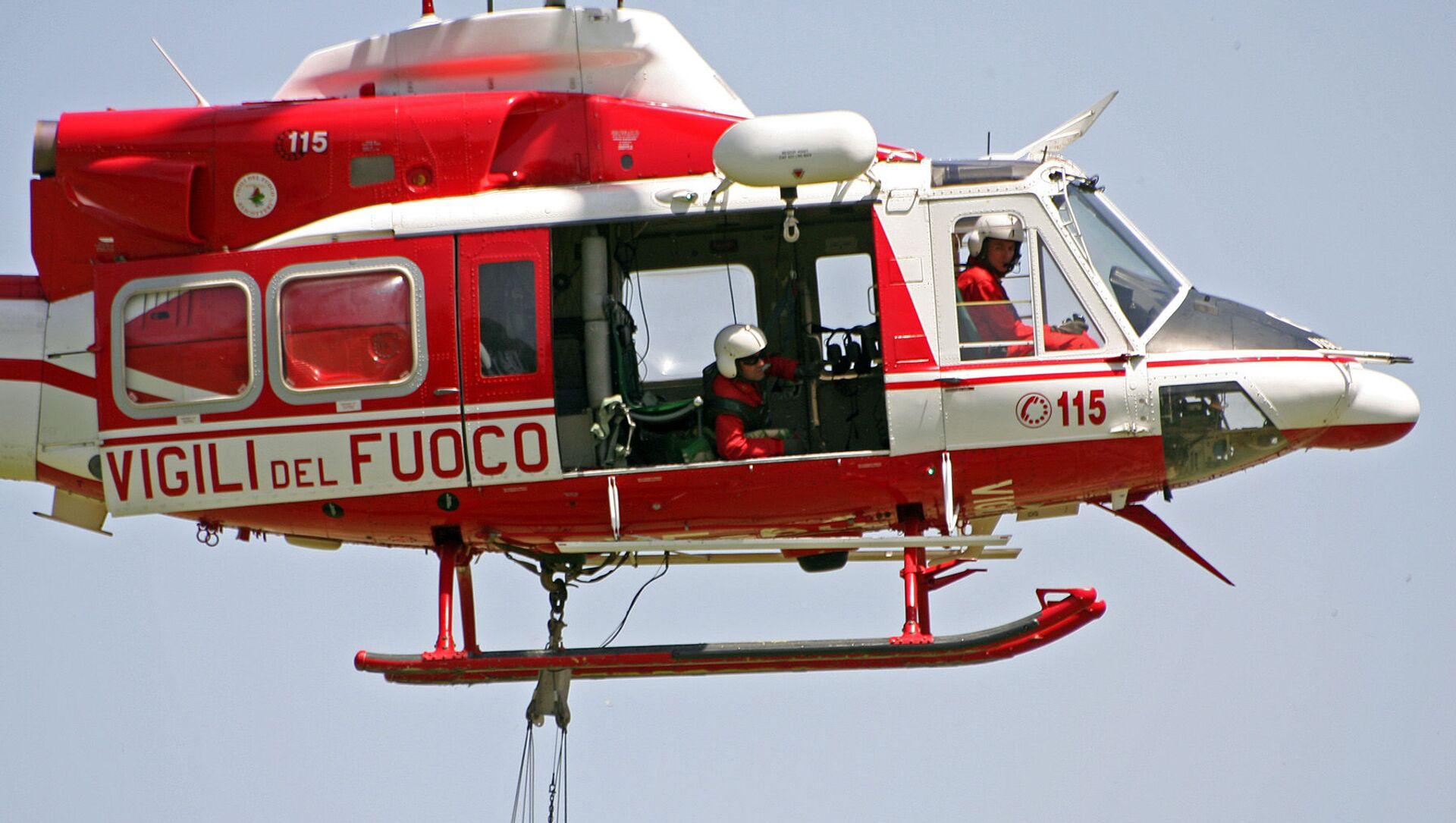 Elicottero dei Vigili del Fuoco - Sputnik Italia, 1920, 23.04.2021