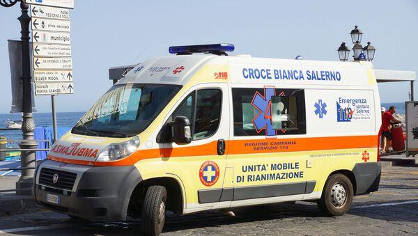 Ambulanza italiana - Sputnik Italia