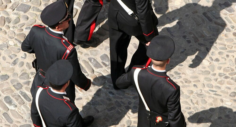 Carabinieri a Modena