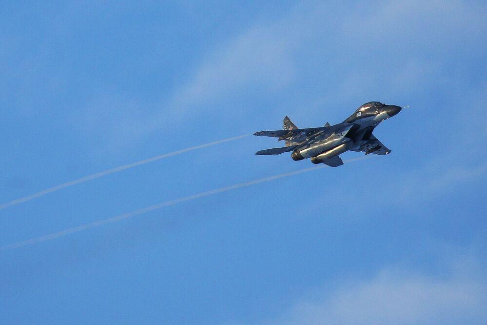 Voli di addestramento di caccia della Flotta del Nord - base di Severomorsk-3