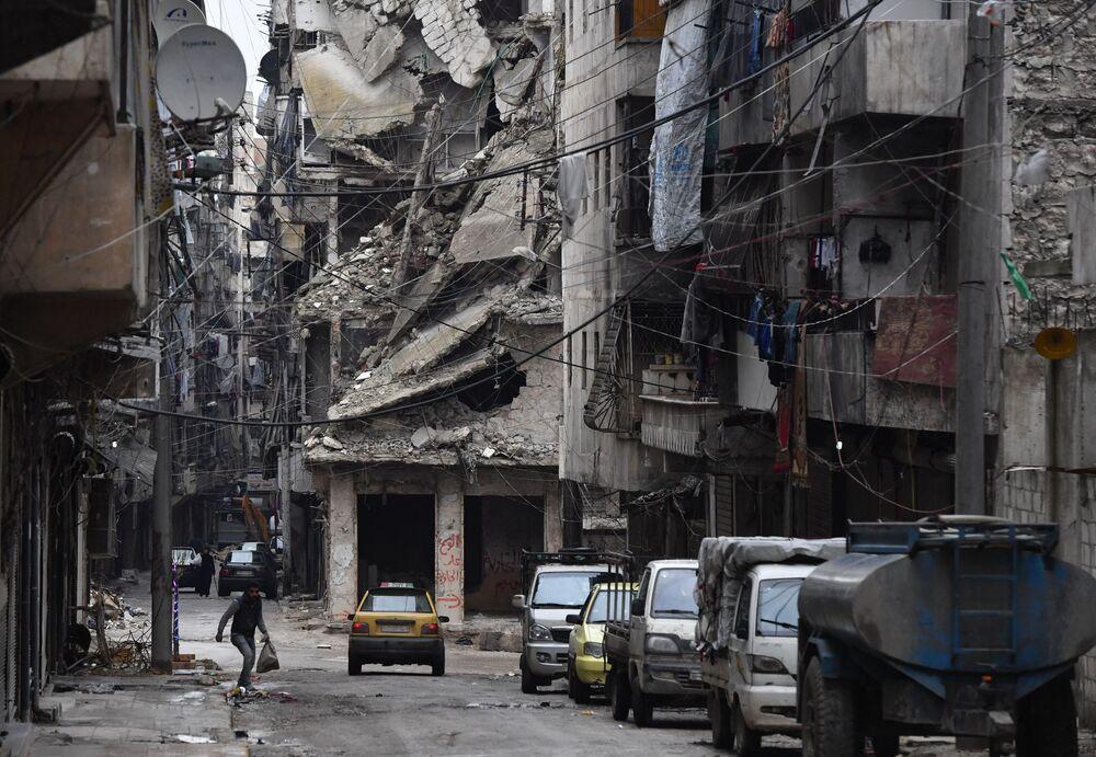 Un quartiere distrutto di Aleppo, Siria.
