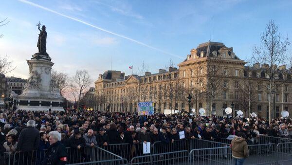 Marcia contro antisemitismo a Parigi - Sputnik Italia