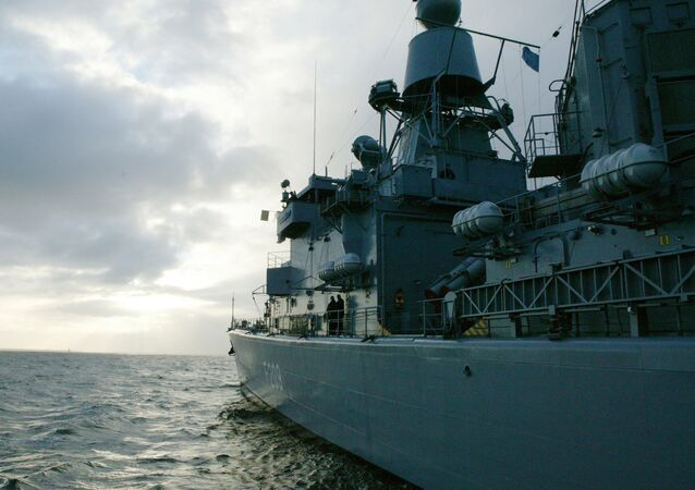 Nave militare della Nato (foto d'archivio)