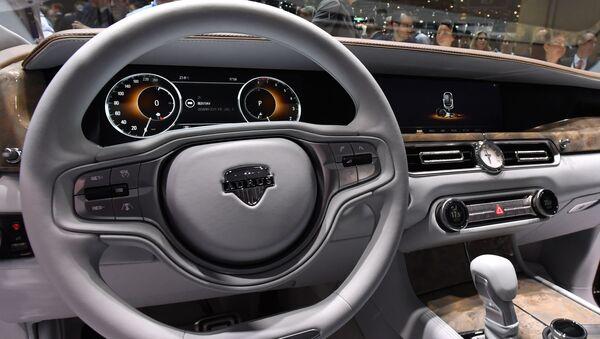 Интерьер автомобиля Aurus на Женевском автосалоне - Sputnik Italia