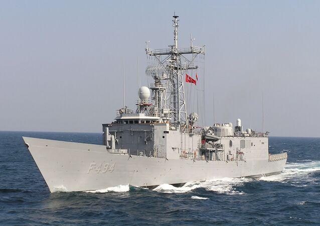 Nave militare turca nel Mar Nero (foto d'archivio)