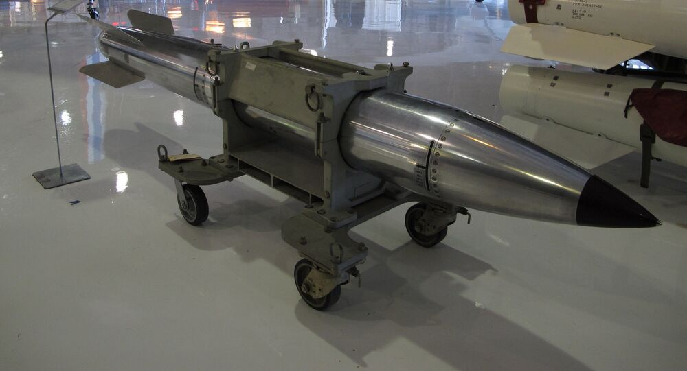 Bomba atomica americana B61 (foto d'archivio)