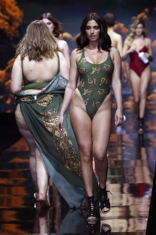 Come superare la prova costume alla Tel Aviv Fashion Week