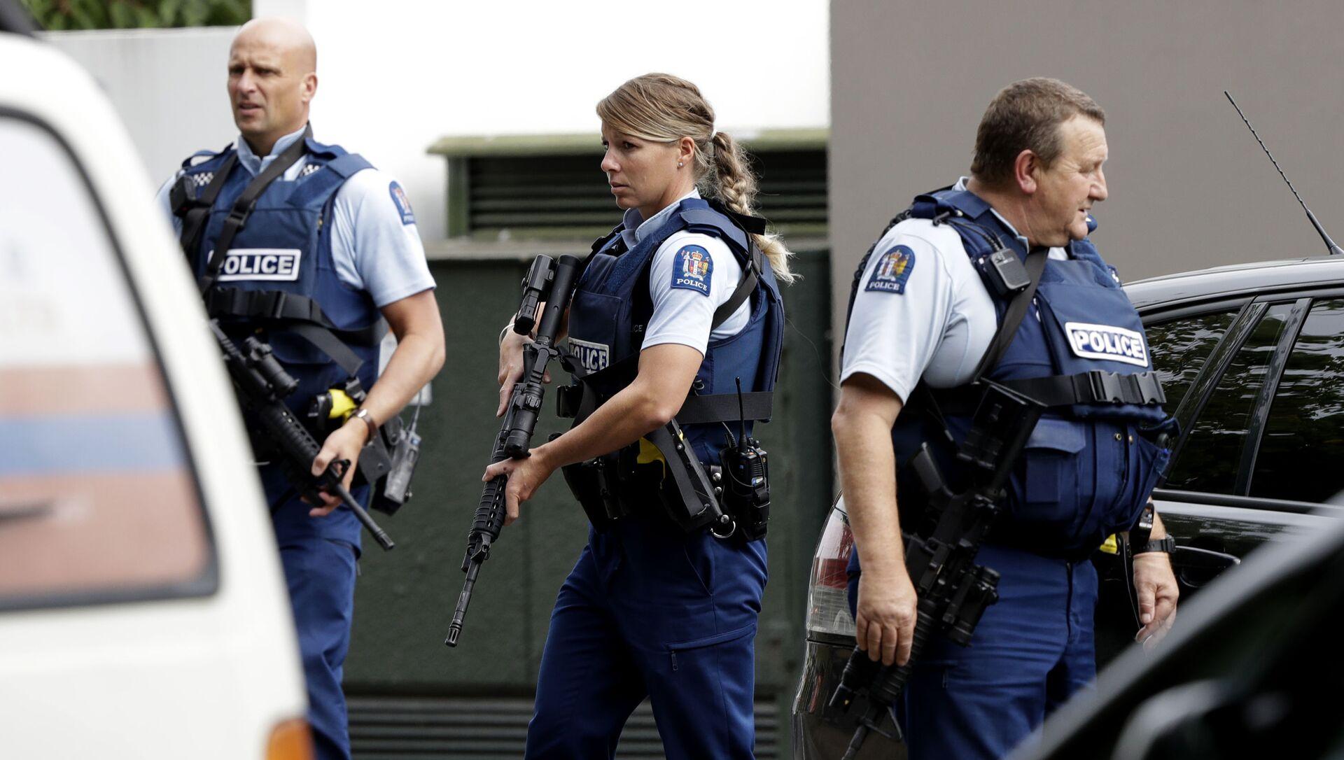 La polizia vista al luogo della sparatoria nella mosche Al Noor a Christchurch, Nuova Zelanda - Sputnik Italia, 1920, 10.05.2021