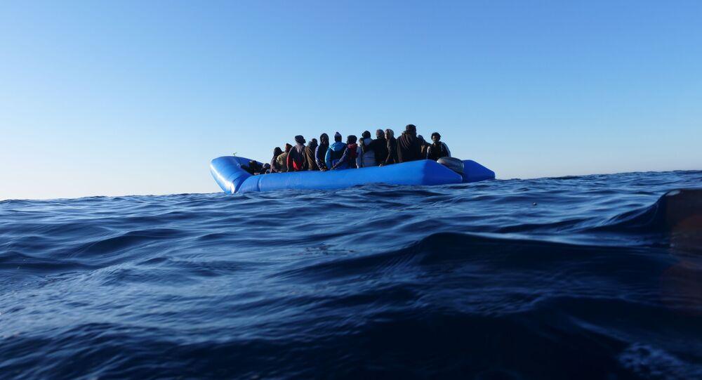 Un'imbarcazione di migranti