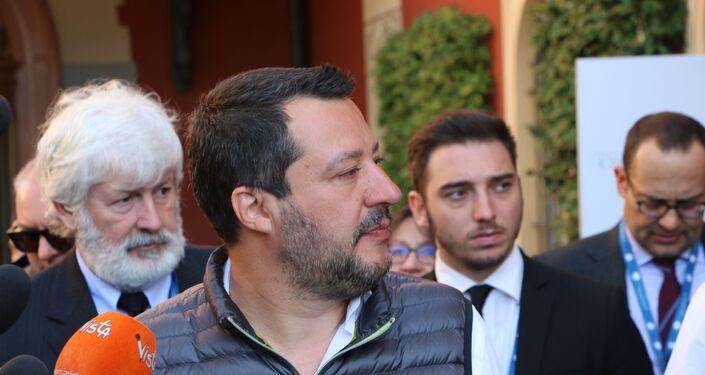 Il ministro dell'Interno e vicepremier Matteo Salvini al Forum Confcommercio