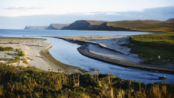 Il 'fiume di mezzo' sull'isola di Bering - Sputnik Italia