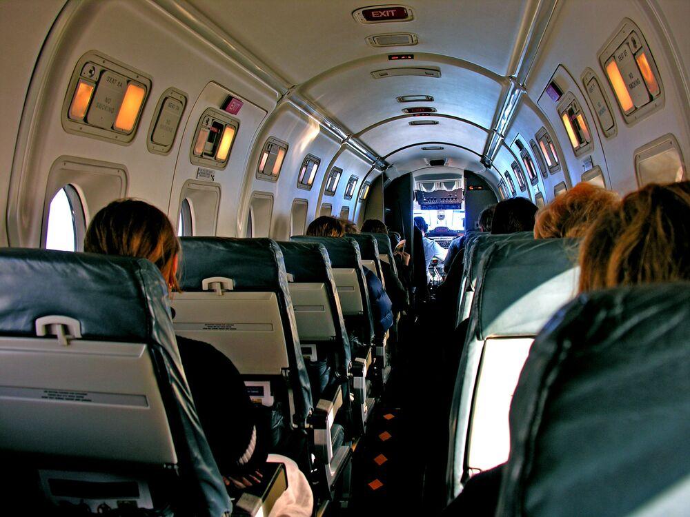 L'interno di un aeromobile Beechcraft 1900 della Air New Zealand