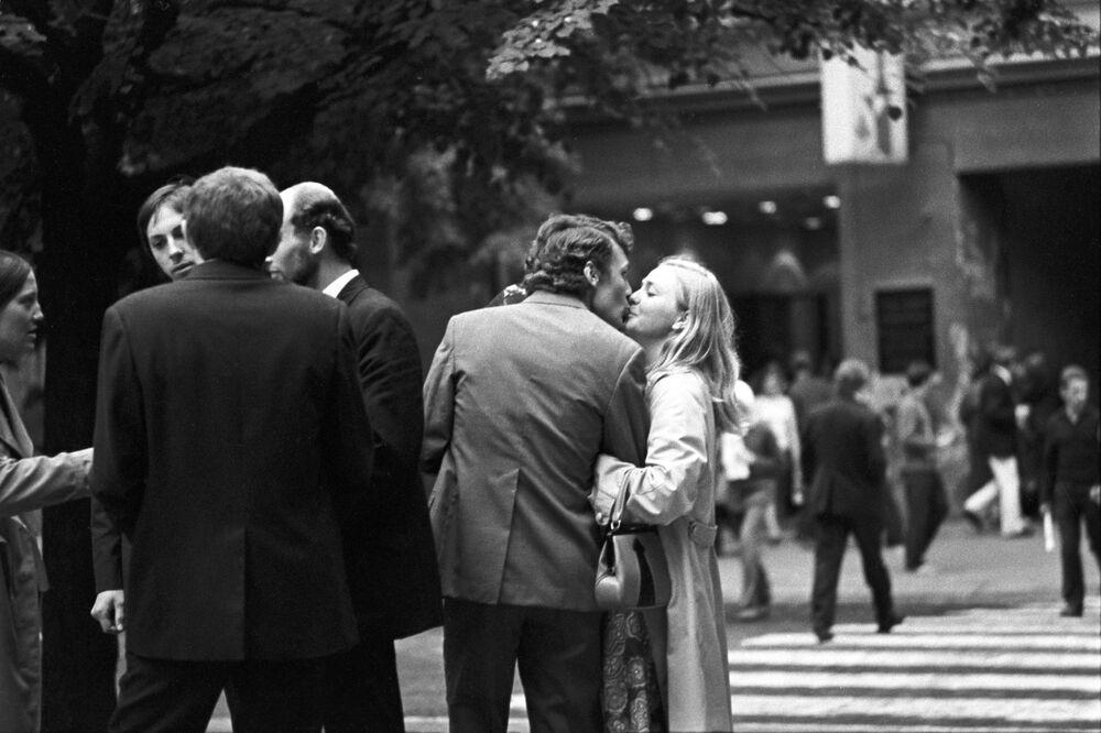1973 - Innamorati in una via di Vilnius