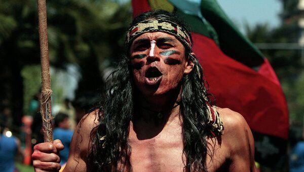 Indiano del popolo cileno mapuche durante una marcia a Santiago - Sputnik Italia