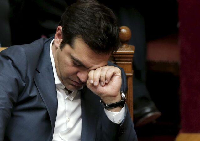 """Шl premier Alexis Tsipras ha deciso di """"procedere il più rapidamente possibile al rimpasto di governo entro pochissimi giorni"""