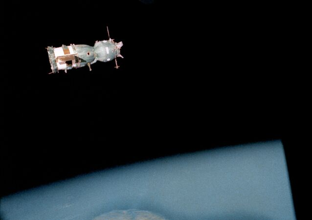 La navicella Soyuz-19