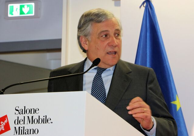 Antonio Tajani al Salone del Mobile a Milano