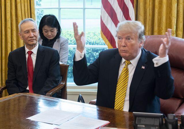 L'incontro tra Donald Trump e Liu He
