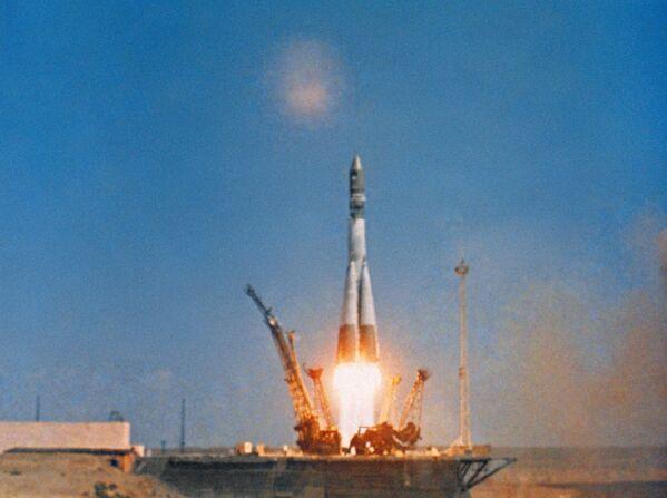 12 aprile 1961, ore 9:07: il lancio del razzo vettore Vostok con la navicella spaziale Vostok-1 - Sputnik Italia