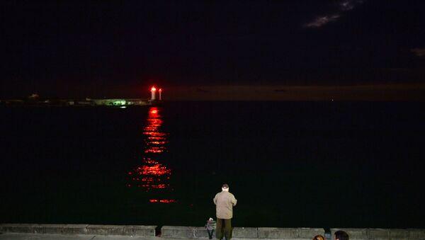 Faro nel porto di Yalta - Sputnik Italia
