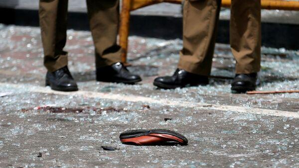 Le calze di una vittima delle esplosioni in Sri Lanka - Sputnik Italia